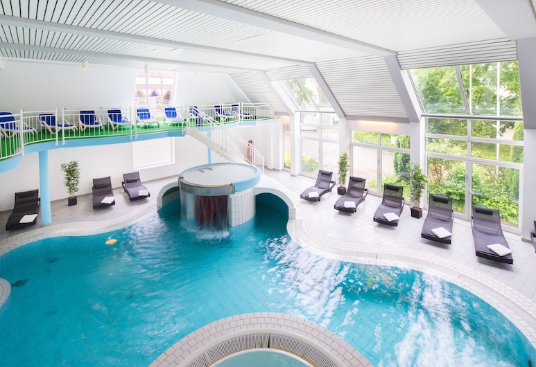 هوتل دير أشتيرمان, جوسلار, حمام سباحة