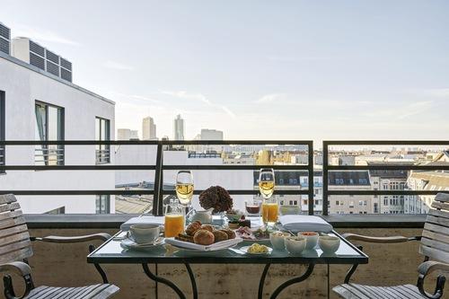 柏林曼達拉套房酒店/