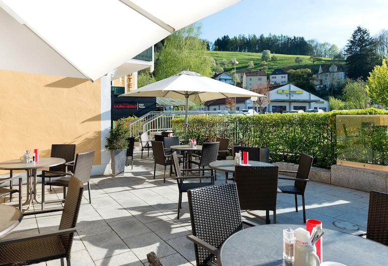 DORMERO Hotel Passau, Passau, Terrace/Patio
