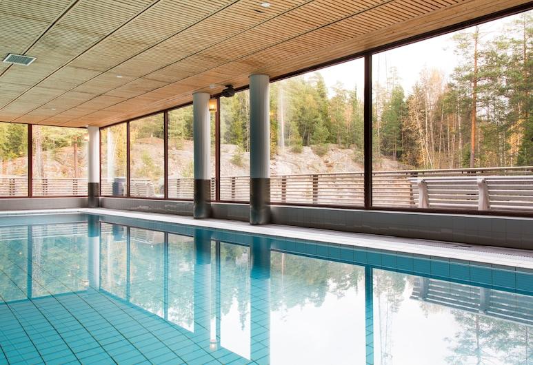 Hotelli Korpilampi, Espoo, Indoor Pool
