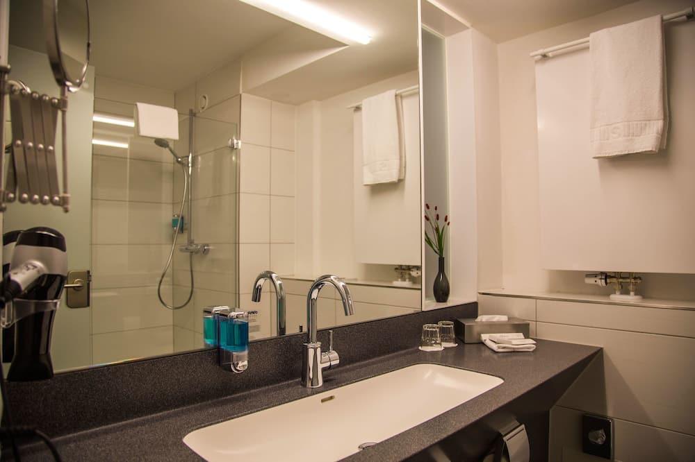 スーペリア シングルルーム - バスルームのシャワー