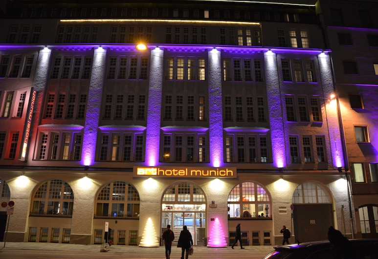arthotel munich, Munich, Hotel Front – Evening/Night