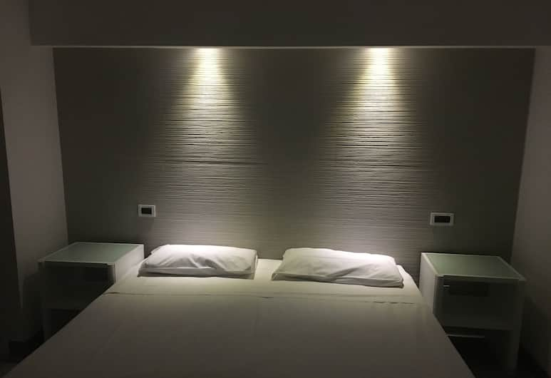 Grand Hotel Olympic, Rome, Standard Double or Twin Room, Guest Room
