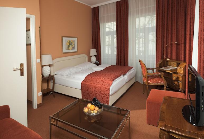 Hotel Vier Jahreszeiten, Salzburg, Double Room, Zimmer
