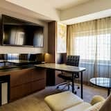 Deluxe King Room, Non Smoking - Living Area
