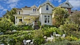 Choose This Luxury Hotel in Devonport