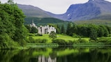 Choose This Luxury Hotel in Fort William