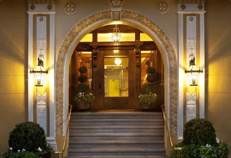 Hotel Drisco, San Francisco, Wejście do hotelu