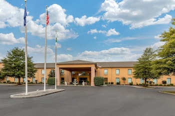 Top 10 Cheap Hotels in Paducah from $38/night | Hotels com