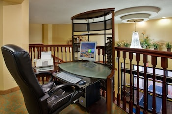 Picture of Holiday Inn Express & Suites St. Louis West - Fenton in St. Louis