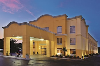 Picture of La Quinta Inn & Suites Florence in Florence