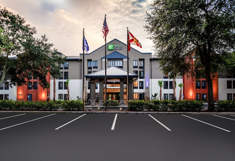 Holiday Inn Express Tampa-Brandon, Brandon