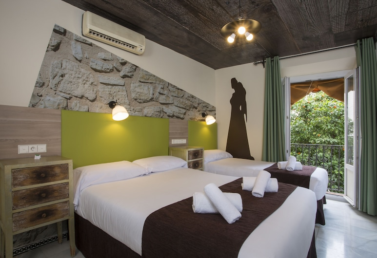 Casual Don Juan Tenorio Sevilla , Seville, Triple Room, City View (with free insurance), Guest Room