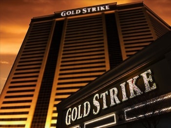 Picture of Gold Strike Casino Resort in Robinsonville