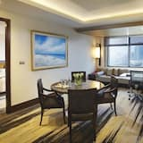 Red Level, Grand Suite - In-Room Dining