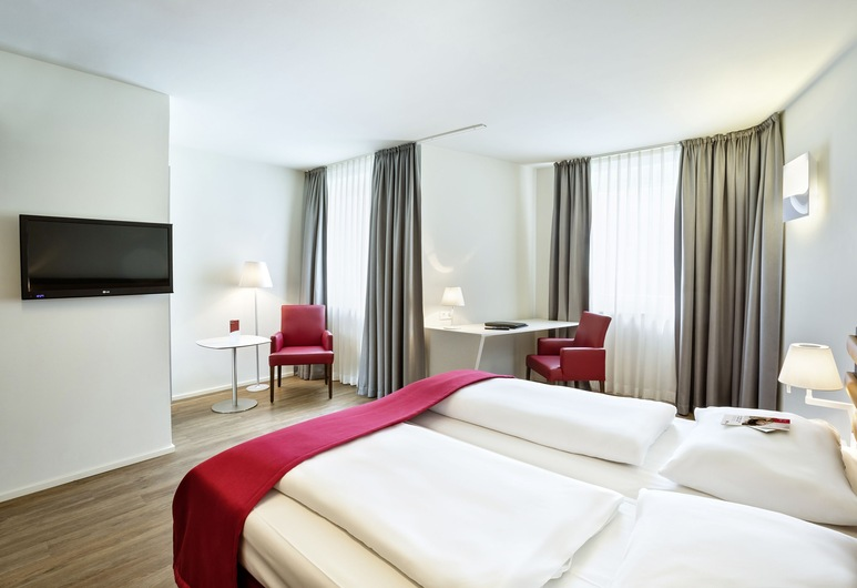 Austria Trend Hotel beim Theresianum, Vienna, Executive Twin Room, Guest Room