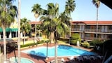 Hotel di Piedras Negras, Akomodasi Piedras Negras, Reservasi Hotel Piedras Negras Online