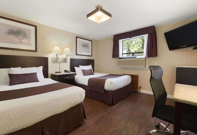 Days Inn by Wyndham Vancouver Metro, Vancouver, Standard Double Room, 2 Double Beds, Guest Room