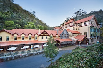 Picture of Jenolan Caves House in Jenolan