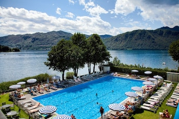 Picture of Hotel L'Approdo in Pettenasco