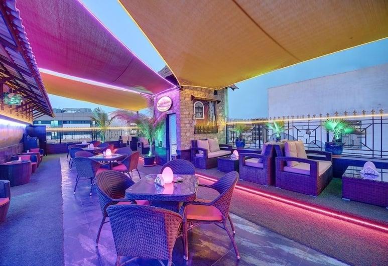 팜 비치 호텔, 두바이, 레스토랑