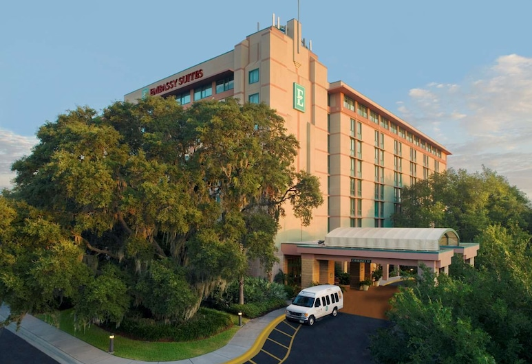 Embassy Suites by Hilton Tampa USF Near Busch Gardens, Tampa