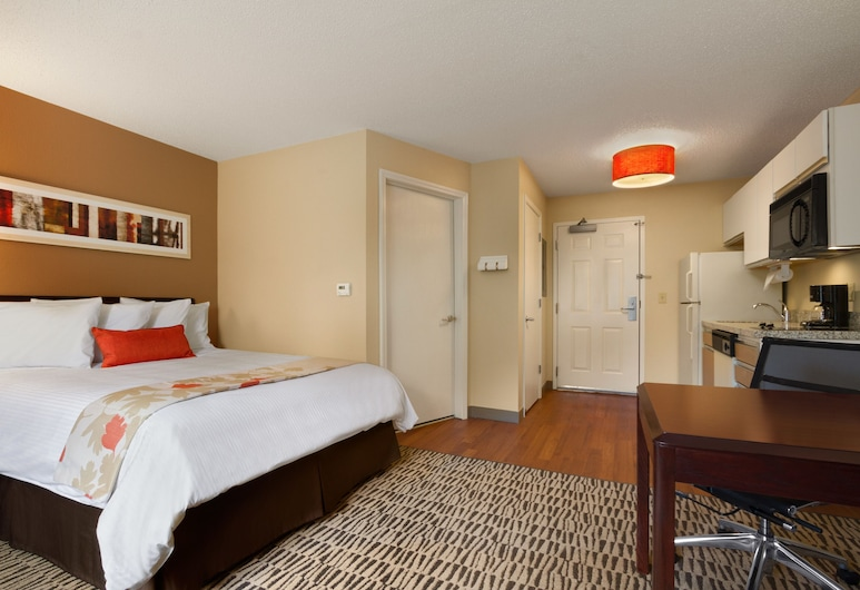 Hawthorn Suites by Wyndham Charlotte/Executive Park, Charlotte, Studio, 1 Queen Bed, Accessible, Non Smoking (Suite), Guest Room