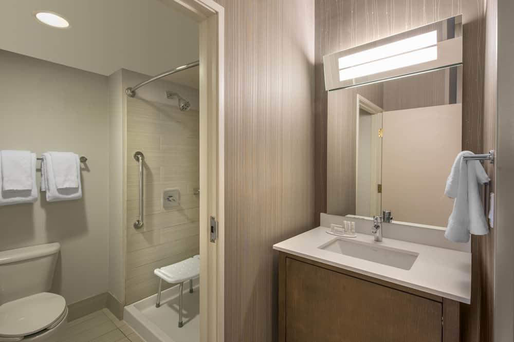 Kambarys, 1 labai didelė dvigulė lova, Nerūkantiesiems, pirmas aukštas - Vonios kambarys
