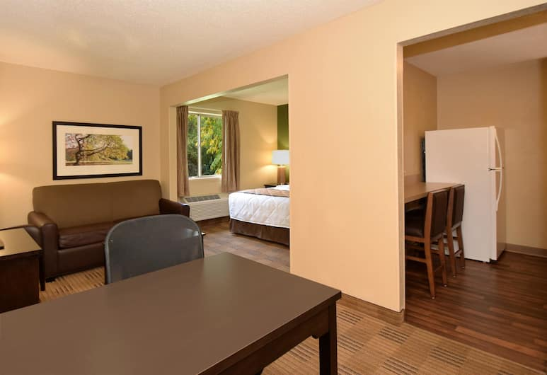 Extended Stay America - Arlington - Six Flags, Arlington, Deluxe Studio, 1 Large Double Bed with Sofa bed, Non Smoking, Guest Room