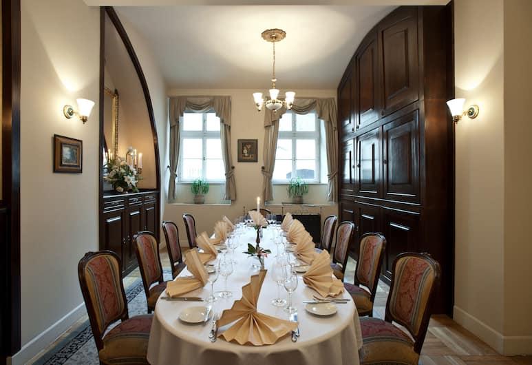 Amadeus Hotel, Cracovia, Ristorazione