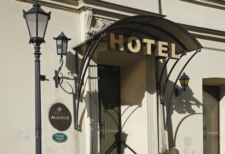 Amadeus Hotel, Krokuva, Įėjimas į viešbutį