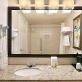 Deluxe, King Bed, Non Smoking - Bathroom