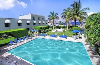Foto Villablanca Garden Beach Hotel di Cozumel