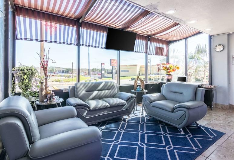 Econo Lodge Inn & Suites, Macon, Eteisaula