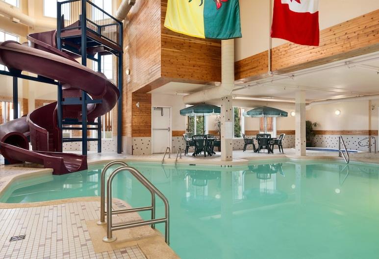 Days Inn by Wyndham Saskatoon, Saskatoon, Alberca cubierta