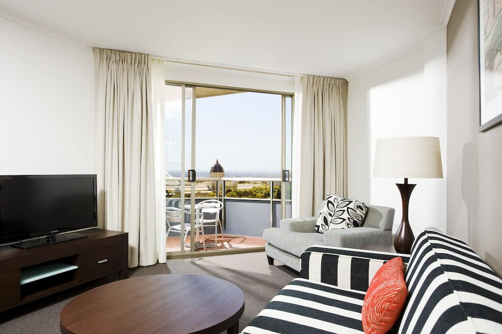 One Bedroom Park View Apartment - Room