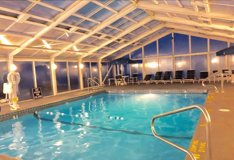 Ocean Club on Smuggler's Beach by Capital Vacations, South Yarmouth