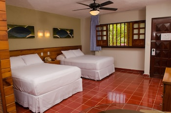 Picture of Suites Colonial in Cozumel