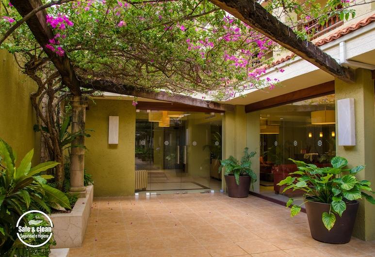 Suites Colonial, Cozumel, Hotel Entrance