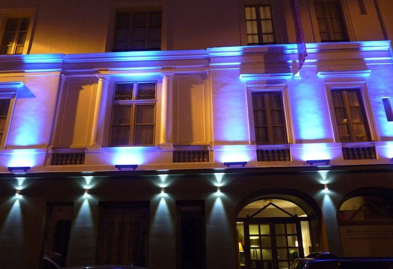 ZE Hotel, Paris, Exteriör