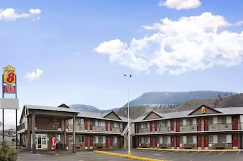 Picture of Super 8 Kamloops East in Kamloops