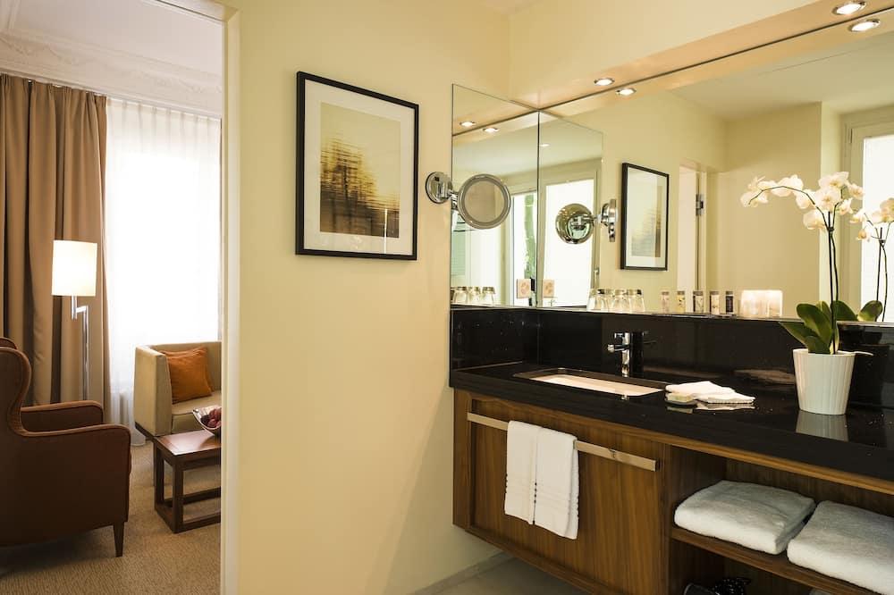 ห้องสตูดิโอสวีท, เตียงใหญ่ 1 เตียง, ปลอดบุหรี่ - ห้องน้ำ
