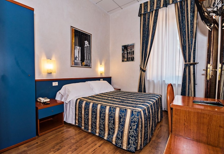 Hotel Julia, Rome, Double Room, Guest Room