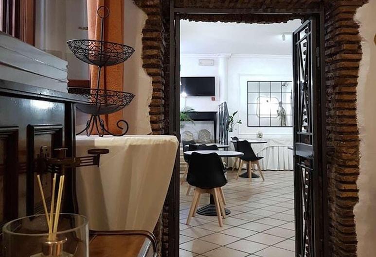 Hotel Julia, Rome, Lobby Lounge