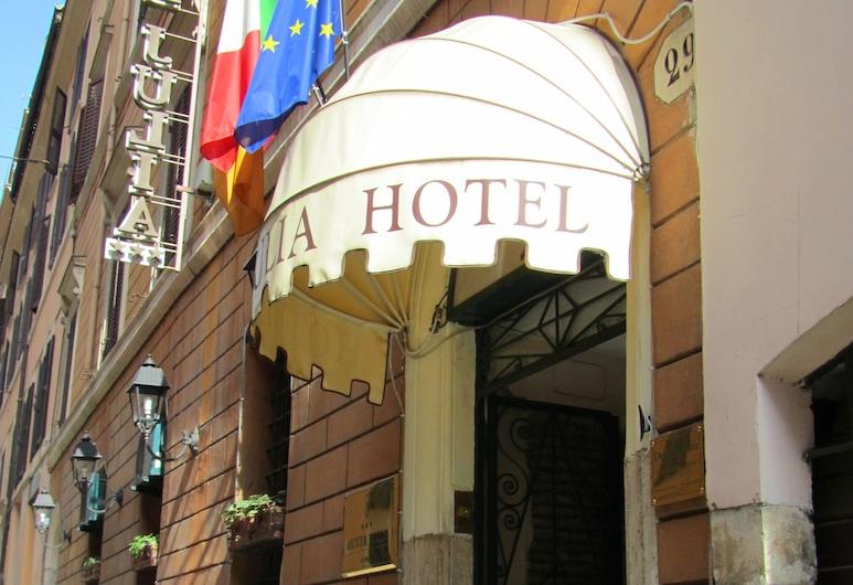 茱莉亞酒店, 羅馬