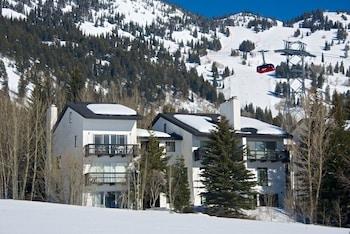 Enter your dates to get the best Teton Village hotel deal