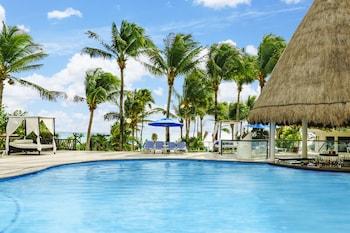 The Reef Playacar All Inclusive Beach Resort
