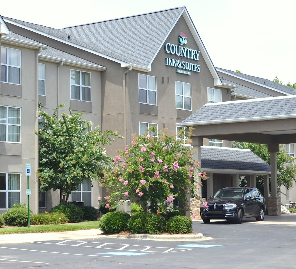 Country Inn & Suites By Carlson, Charlotte I-485 at Hwy 74E, Matthews