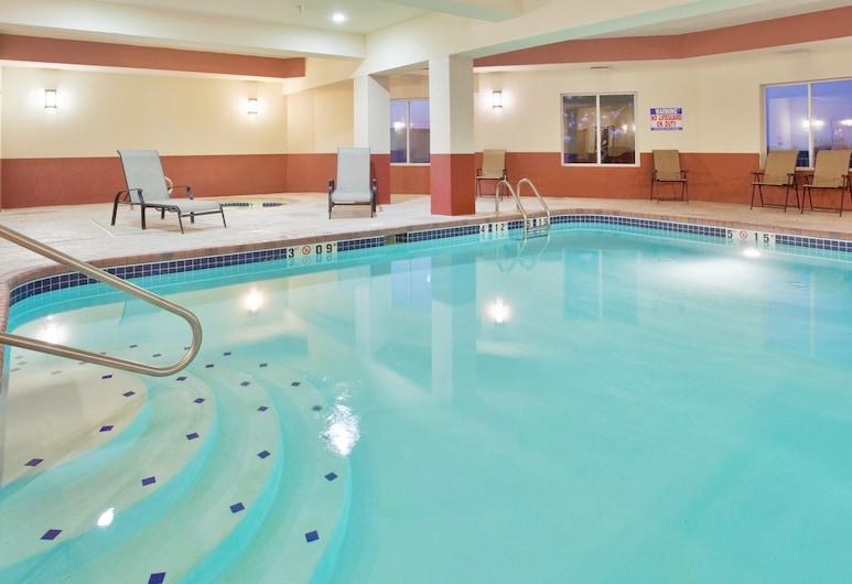 Holiday Inn Express Boonville, Bunvilis, Baseinas