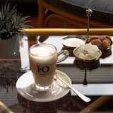 Kaviareň/kávomat